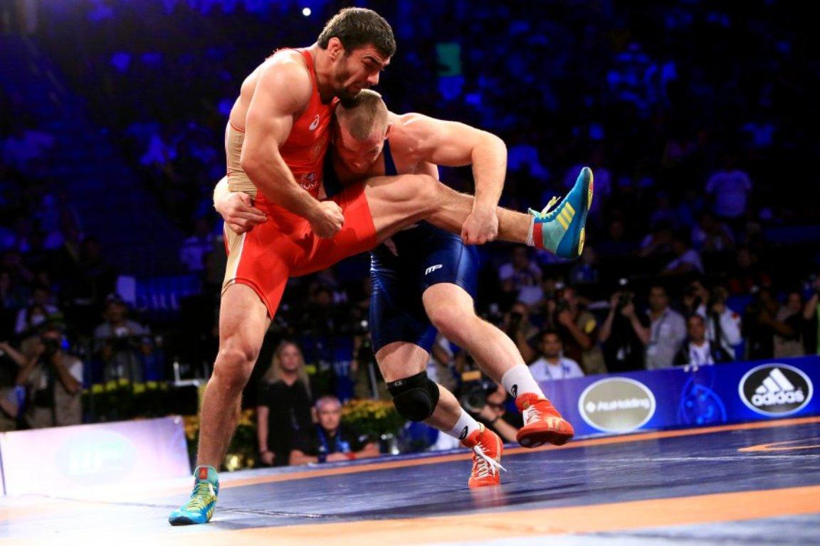 Risultati immagini per lotta olimpica